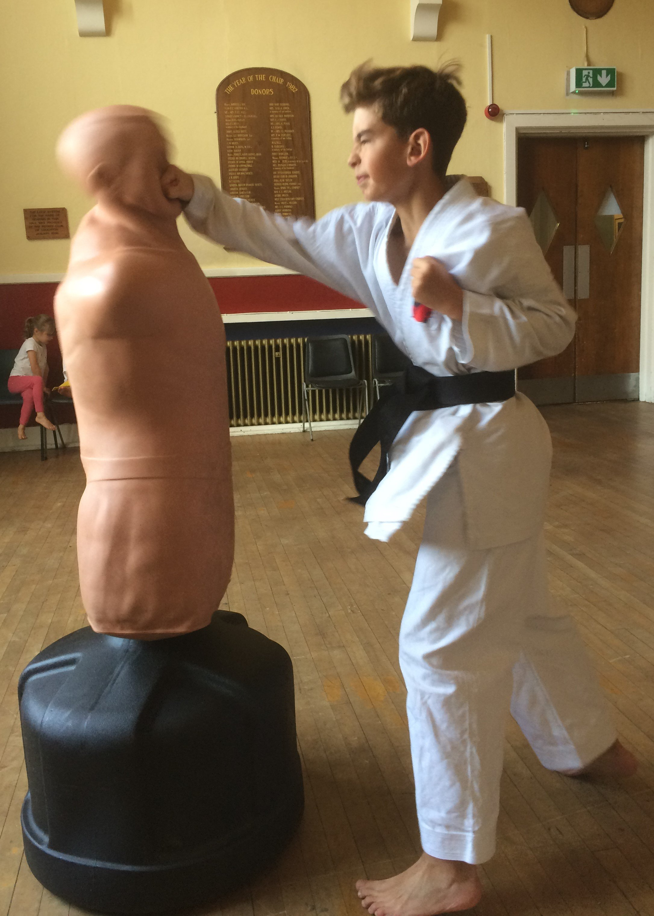loughton karate classes